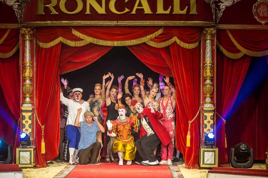 40 Jahre Circus Roncalli - Zauberhafte Premiere in Hannover